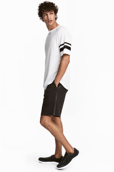Sports shorts - Black - Men | H&M CA 1