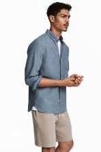 Cotton shirt Regular fit - Pigeon blue - Men | H&M 1