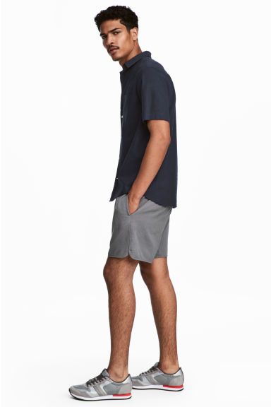 Short cotton twill shorts - Grey - Men | H&M CN 1