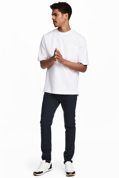 Pamuklu Chino Skinny Fit Model