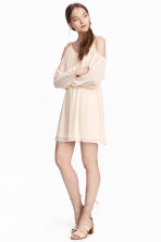 Chiffon dress - Natural white - Ladies | H&M 1