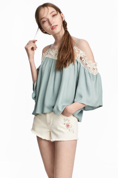 Off shoulder-blus - Dimgrön - DAM | H&M SE