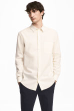 Linen-blend shirt Relaxed fit - Light beige - Men | H&M 1