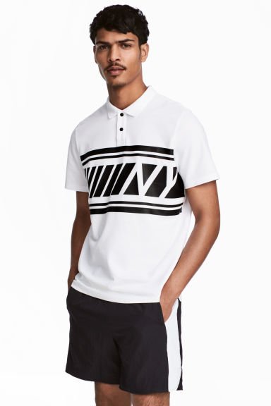 Polo shirt with a print motif Model