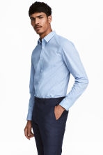 Easy-iron shirt Slim fit - Blue/Striped - Men | H&M CN 1