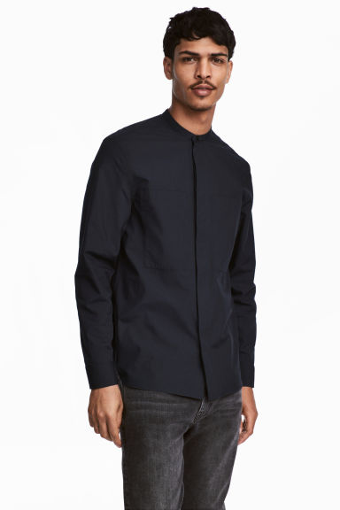 Shirt with a grandad collar - Dark blue - Men | H&M