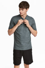 Short-sleeved Henley shirt - Grey green - Men | H&M 1