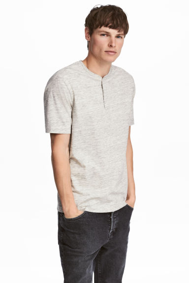 Short-sleeved Henley shirt - Light beige marl - Men | H&M CN 1