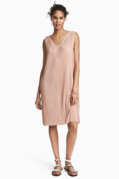 Pleated dress - Powder pink - Ladies | H&M 1