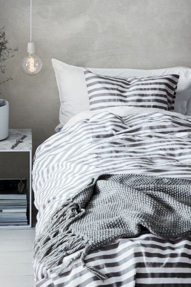 Striped duvet cover set - White/Grey - Home All | H&M CN 1