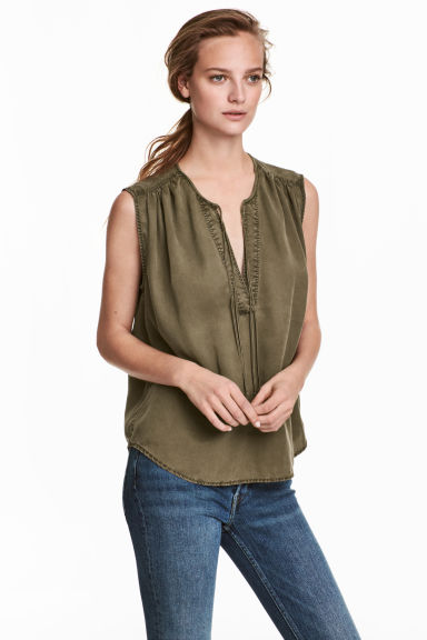 Lyocell top - Khaki green -  | H&M CN