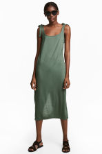 Calf-length jersey dress - Khaki green - Ladies | H&M 1