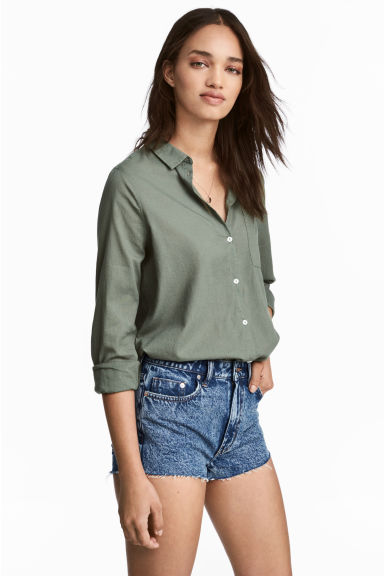 Cotton shirt - Khaki green - Ladies | H&M 1