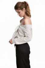 Off-the-shoulder blouse - White/Striped -  | H&M CA 1
