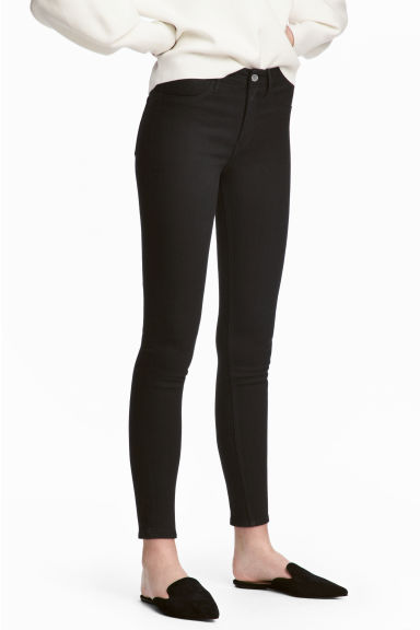 Skinny Regular Ankle Jeans - Black denim - Ladies | H&M 1
