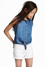 Sleeveless tie-front blouse - Denim blue - Kids | H&M CN 1