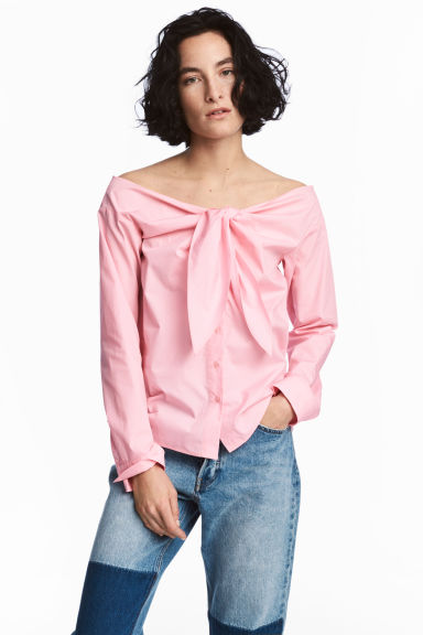 Off-the-shoulder blouse - Light pink - Ladies | H&M CN 1