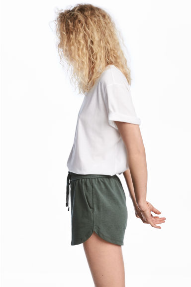 Short van joggingstof - Donkergroen - DAMES | H&M BE