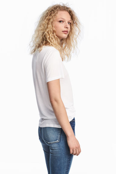 Tricot top met V-hals - Wit - DAMES | H&M BE