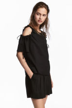 Wide shorts - Black - Ladies | H&M 1