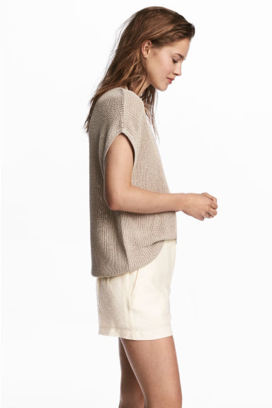 City shorts - Natural white - Ladies | H&M CN 1