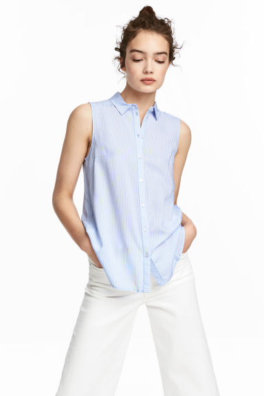 Sleeveless blouse - Light blue - Ladies | H&M CN 1