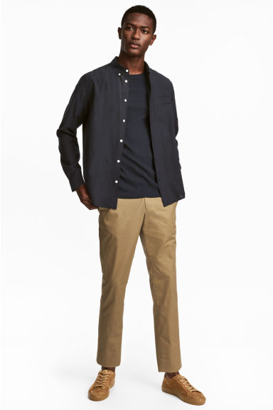 Cropped cotton-blend chinos Model