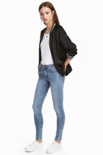 Super Skinny Regular Jeans - Mid denim blue - Ladies | H&M 1