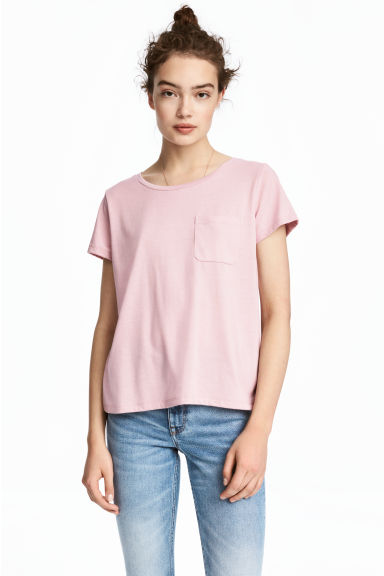 T-shirt with a chest pocket - Light pink - Ladies | H&M CA 1