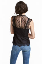 Fitted lace top - Black - Ladies | H&M 1