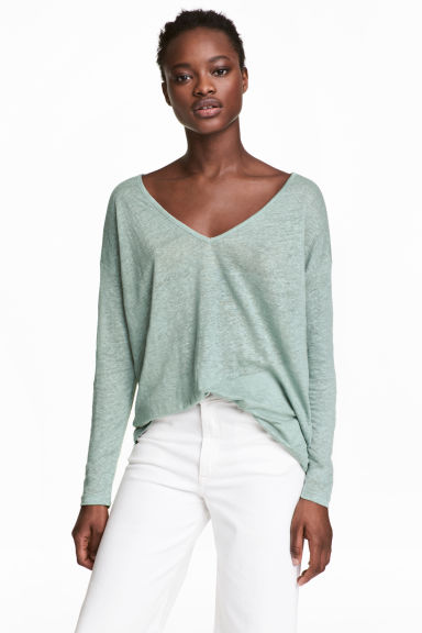 Linen V-neck top - Dusky green - Ladies | H&M CN 1