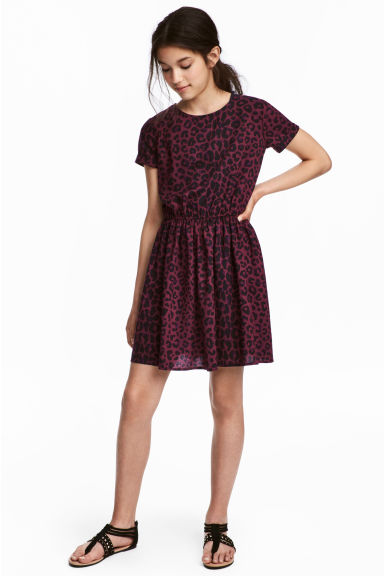 Short-sleeved dress Model