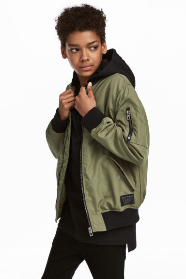 Hooded bomber jacket - Khaki green - Kids | H&M CN 1