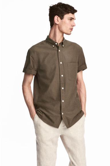 Short-sleeve shirt Regular fit - Khaki - Men | H&M 1