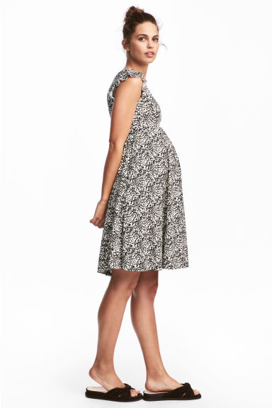 MAMA Frill-sleeved dress - Natural white/Patterned - Ladies | H&M