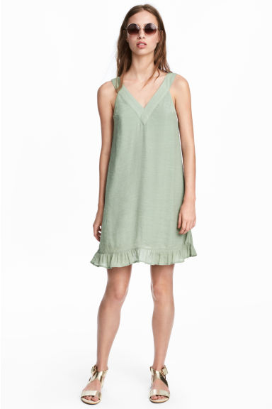 V-neck Dress - Dusky green - Ladies | H&M CA