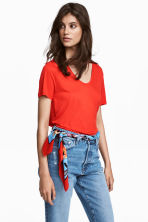 V-neck jersey top - Red - Ladies | H&M 1