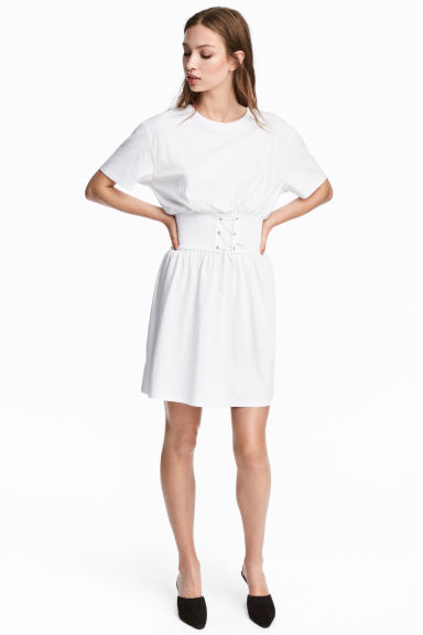 T-shirt dress with lacing - White - Ladies | H&M CN 1