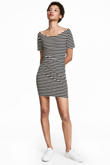 Off-the-shoulder dress - Black/White/Striped - Ladies | H&M 1