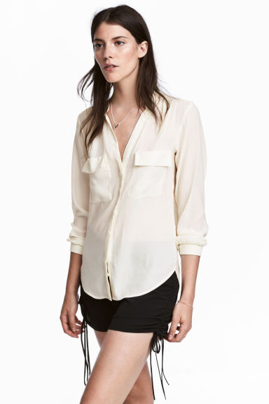Crêpe blouse - Natural white - Ladies | H&M CA