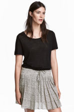 Pleated skirt - Light beige/Pattern - Ladies | H&M 1