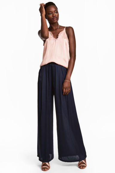Wide satin trousers - Dark blue - Ladies | H&M CN 1