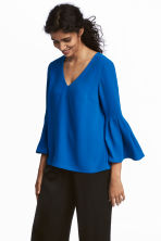Trumpet-sleeved blouse - Cornflower blue - Ladies | H&M 1