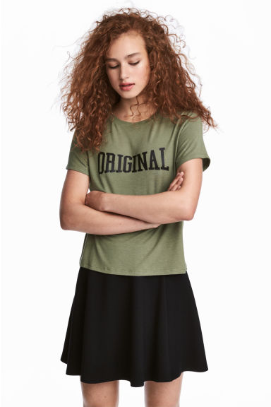 圖案平紋上衣 - Khaki green - Ladies | H&M 1