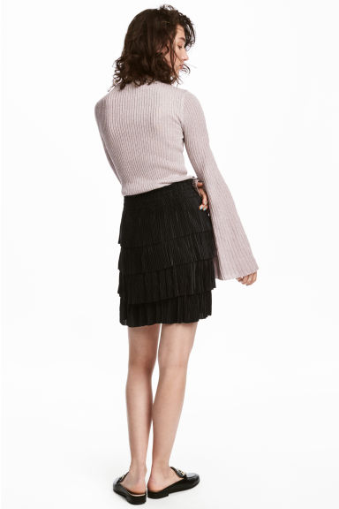 Pleated tiered skirt - Black - Ladies | H&M 1