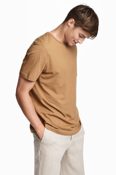 Cotton T-shirt Regular fit - Camel - Men | H&M
