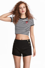 Button-detail shorts - Black - Ladies | H&M 1