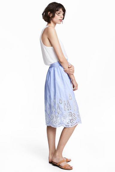 Knee-length skirt - Light blue/Broderie anglaise - Ladies | H&M 1
