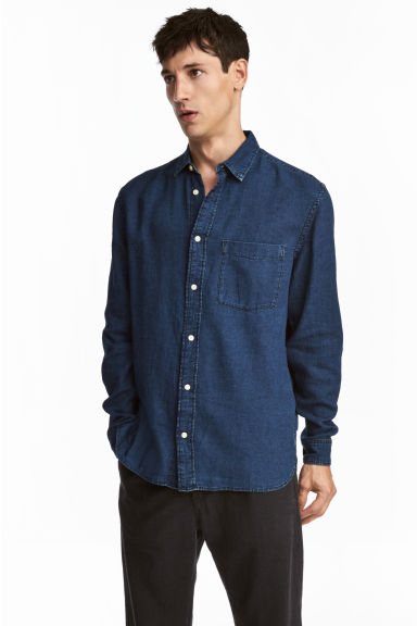 Denim shirt Regular fit - Dark denim blue - Men | H&M 1