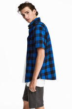 Short-sleeved flannel shirt - Blue/Checked - Men | H&M 1